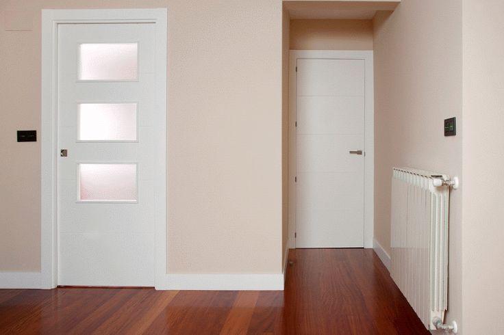 Puerta mod. Blanca con vidrio