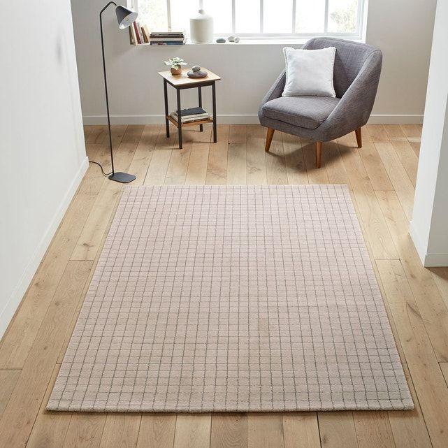 epingle sur tapis salon