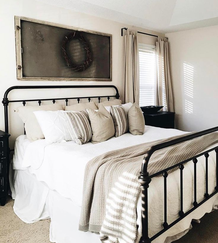 Best 25+ Coral bedspread ideas on Pinterest | Grey bed ...