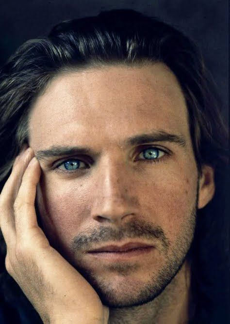 Ralph Fiennes. Hard to believe this was under all of the Lord Voldemort make-up! Scruff and the eyes... yum.