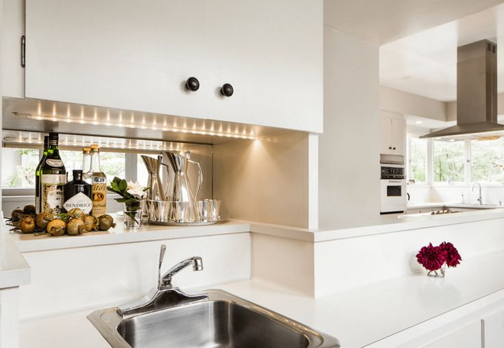 Even if you don't have a major kitchen remodel in your future, it's easy to add a dose of style and substance with a simple lighting swap. Here are 9 ideas worth...