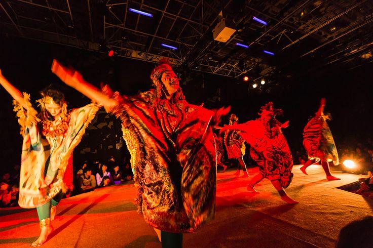芸祭一の集客を誇るイベント テキスタイルパフォーマンス