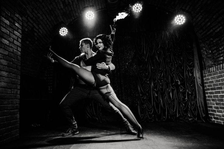 SPARKLING CABARET - Anta Agni Show. photo: Dorota Holubova http://antaagni.com/sparkling-cabaret-show/