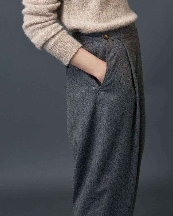 TOAST | Very tapered, ankle-skimming, pleat-front trousers in a soft, slouchy…