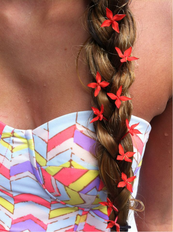 : Spring Hair, Crop Tops, Little Flower, Girls Hairstyles, Flower Power, Hair Style, Summer Hairstyles, Silk Flower, Flower Braids