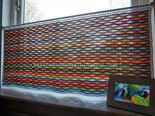Karin aan de haak: Gordijn Golvend Geluk - link to stitch pattern in blogpost  (Making curtain rings)  Photos