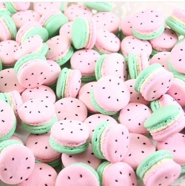 Super cute watermelon macaroons!                                                                                                                                                      More