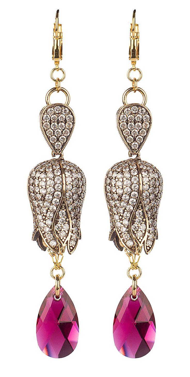 PEZZO UNICO - Pendente in argento lavorato a mano e strass, goccia in cristallo Swarovski  Design by Onirica Jewelry