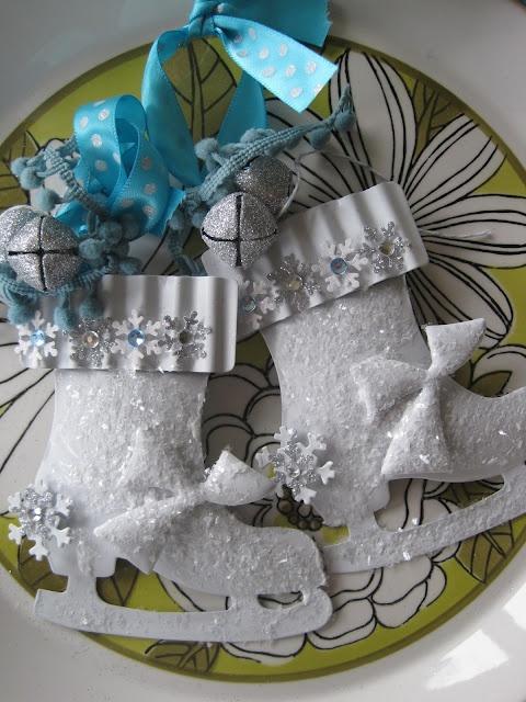 Paper Ice Ornament Pattern Skate