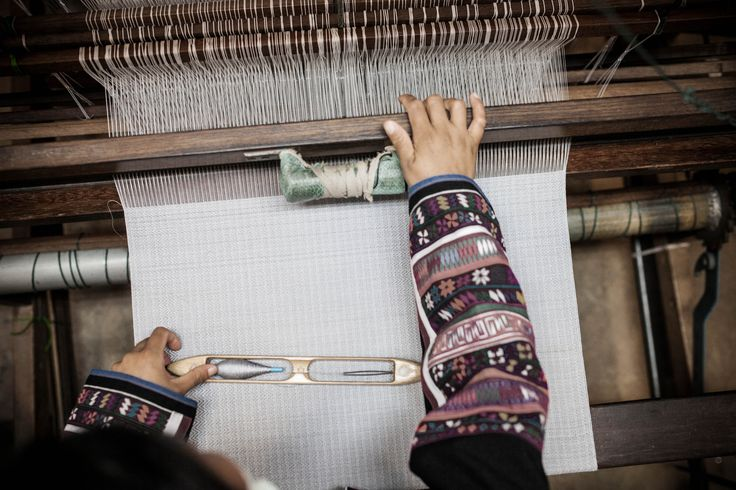 Weaving textiles by hand at the Doi Tung Development Project