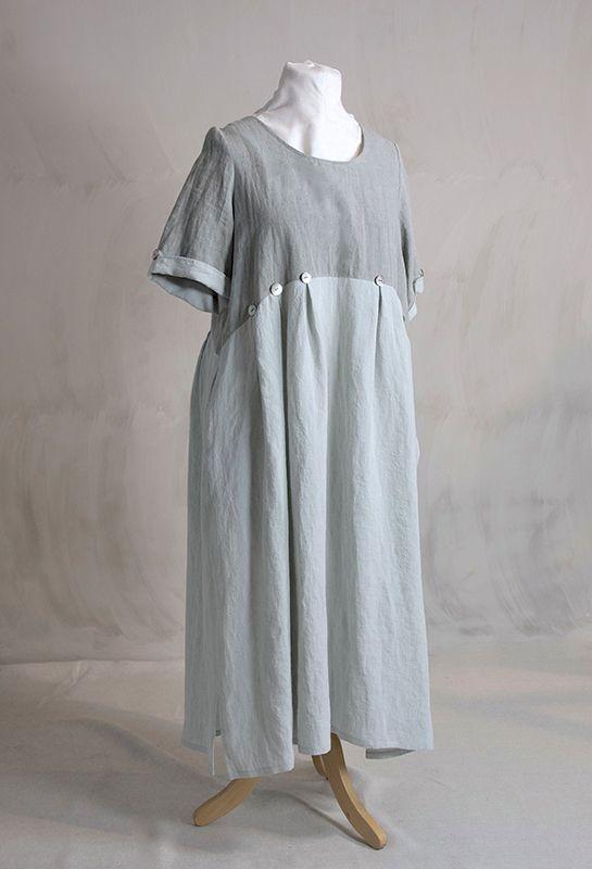 Новое лето Кнопка платье £ 325, белье.
