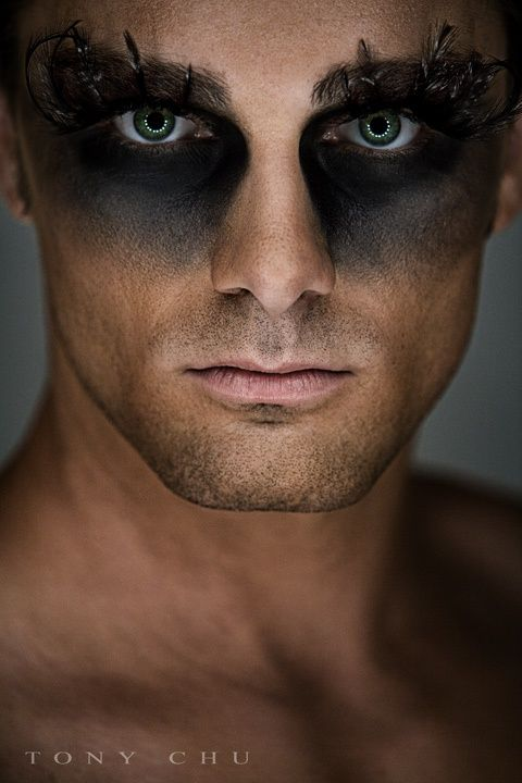 I do love a smokey eye on a man, but these fashion-forward make-up looks are more post-apocalyptic/future dystopian tribal war paint by way ...