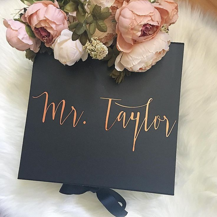 BLACK & ROSE GOLD ✔️��✨ #styledbox • • • • • • • • #keepsake #personalised #giftbox #giftsforhim #keepsakes #personalisedgifts #keepsake #memories #rosegold #flowers #gifts #present #melbourne #style #luxury #weddinggift #bridal #bridalgift #groomsmengift #groomsmen #groom #bride #bridetobe #bridalstyle #weddingideas #birthdaygift #bridesmaids #bridalmakeup #bridalshower http://gelinshop.com/ipost/1520949484434945891/?code=BUbf39tDvdj