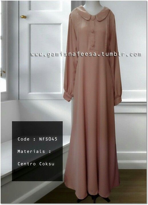 Jubah dress in cocoa.
