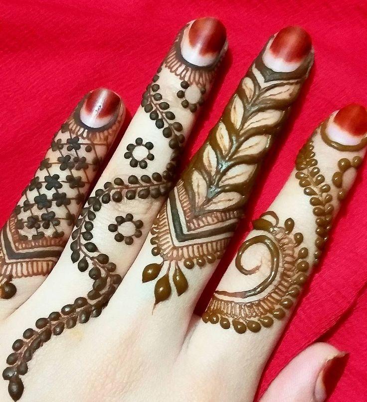 "798 Likes, 10 Comments - Hayat's Sister (@hayats_henna) on Instagram: ""Rushed finger doodle   Jumma mubarak Lovelies ❤  #hayatshenna"""