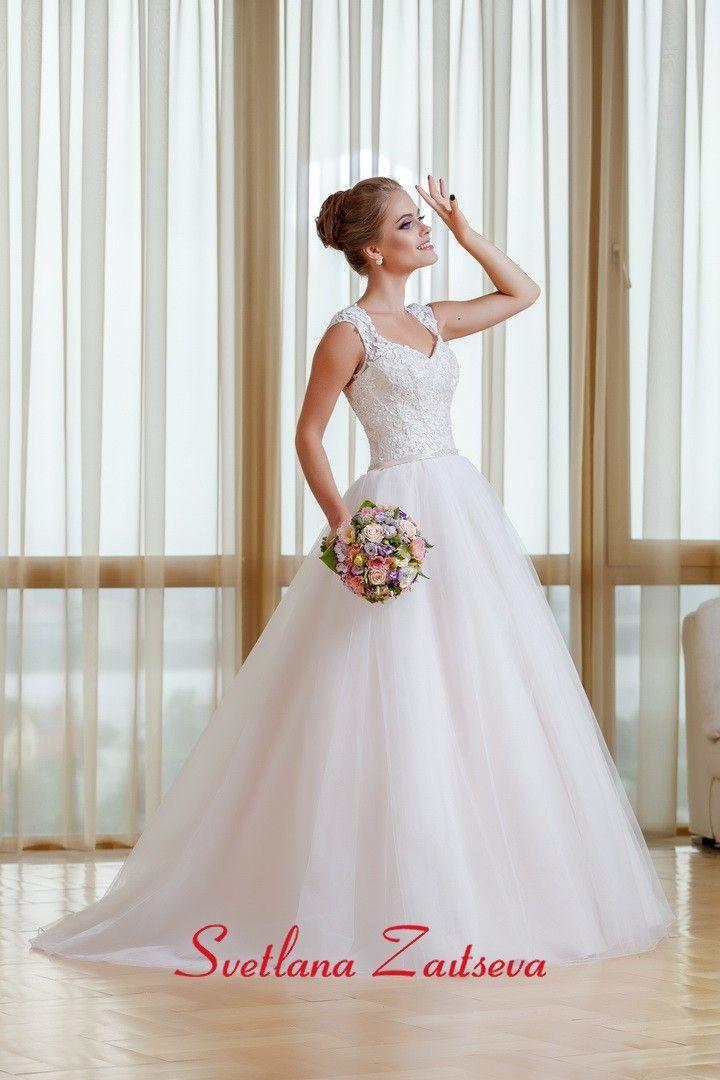 Свадебные платья Светлана / Каталог свадебных платьев - купить свадебные платья в свадебном салоне Светланы Зайцевой / Коллекции