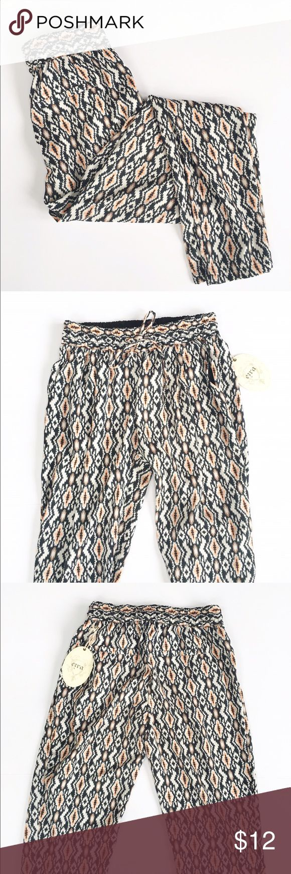 Aztec print pants Cute and comfy Aztec print pants, size small, NWT! Fully lined, feature drawstring and pockets. Inseam is 36 inches. Bershka Pants