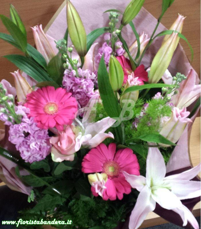 Mazzo di fiori con Lilium orientale violaciocca e gerbere adatto ad ogni ricorrenza