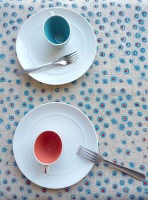 alice leblanc laroche: sur la table; pois; motif; pattern; rouge et bleu; rouge; bleu; corail;Rouge Manufacture;