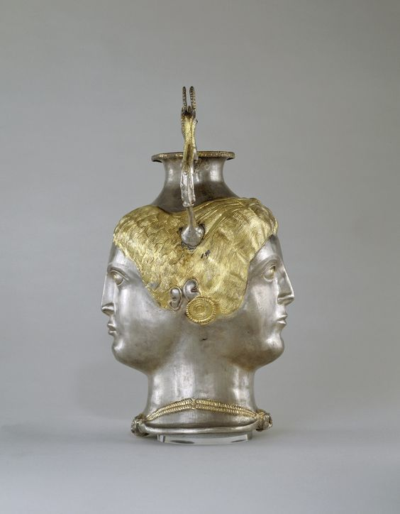 Greek silver rhyton Janus headed, classical period, early 4th century B.C. Allegedly from the region of the Black Sea, local work under Greek influence, silver partially gilt, 28 cm high. George Ortiz collection