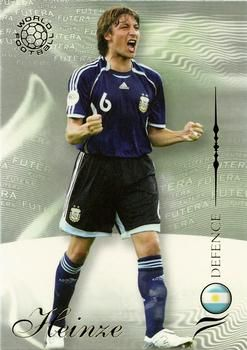 2007 Futera World Football Foil #33 Gabriel Heinze Front