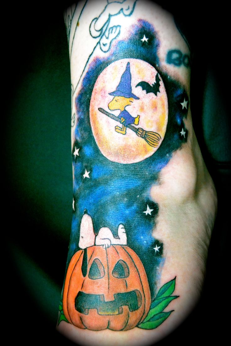 49 best Snoopy And The Gang - Tattoos images on Pinterest