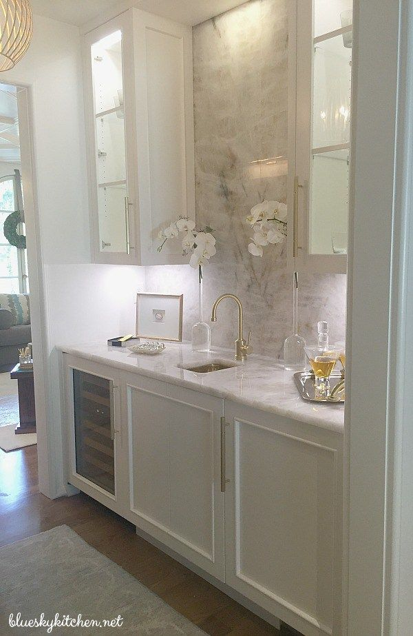 Atlanta Showhouse Designers Shine to Benefit Children ~ a beautiful home inspires designers' best for the holidays and benefits children's healthcare.