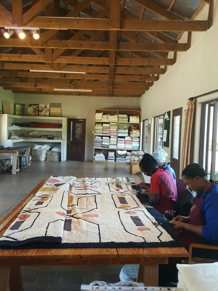 Completing a tapestry weave cotton carpet