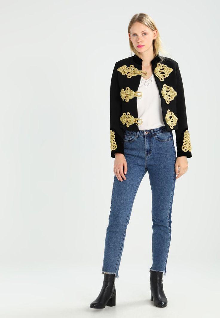 ¡Consigue este tipo de blusas de Vero Moda ahora! Haz clic para ver los detalles. Envíos gratis a toda España. Vero Moda VMANISA  Blusa snow white: Vero Moda VMANISA  Blusa snow white Ofertas   | Material exterior: 100% viscosa | Ofertas ¡Haz tu pedido   y disfruta de gastos de enví-o gratuitos! (blusas, blusa, blusón, blusones, blouses, blouse, smock, blouson, peasant top, blusen, blusas, chemisiers, bluse, blusas)