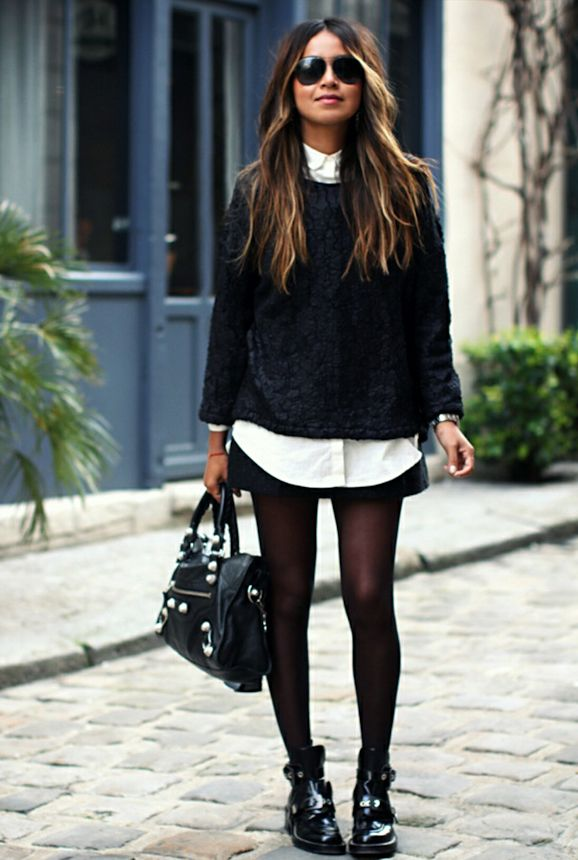 Le look black and white de Sincerely Jules avec des boots rock >> http://www.taaora.fr/blog/post/tenue-blogueuse-mode-sincerely-jules-cut-out-boots-balenciaga-pull-noir-chemise-blanche-jupe-noire