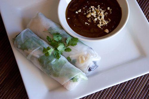 Vietnamese spring rolls and peanut sauce