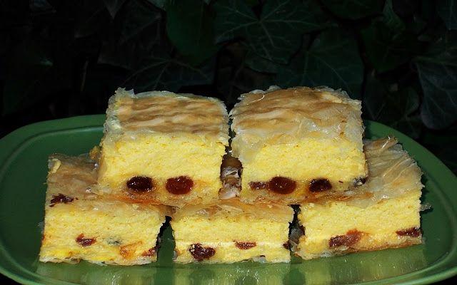 Bunătăţi din bucătăria Gicuței: Plăcintă cu iaurt