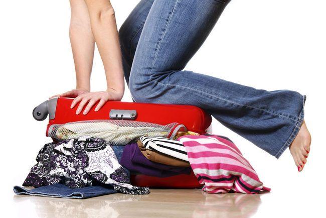 Que mettre dans sa valise pour voyager léger