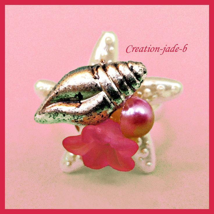 Bague Ajustable - Cabochon Etoile de mer avec Fleur rose