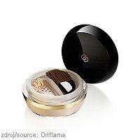 Sypký pudr Giordani Gold Invisible Touch Oriflame Luxusní #kosmetika Giordani Gold uvádí nový luxusní sypký pudr Invisible Touch, který zmatní a projasní pleť. Důmyslný hydratační systém dodá pokožce nezbytnou vláhu, díky tomu bude vaše #pleť opět zářit mládím. Rozjasňující částečky navíc zjemní drobné linky a #vrásky. http://www.vonavaprace.cz/kariera/