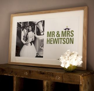 Mr & Mrs Framed Picture £295.00 This Mr&Mrs picture pairs of photo of your choice with your names to tie in with your wedding theme