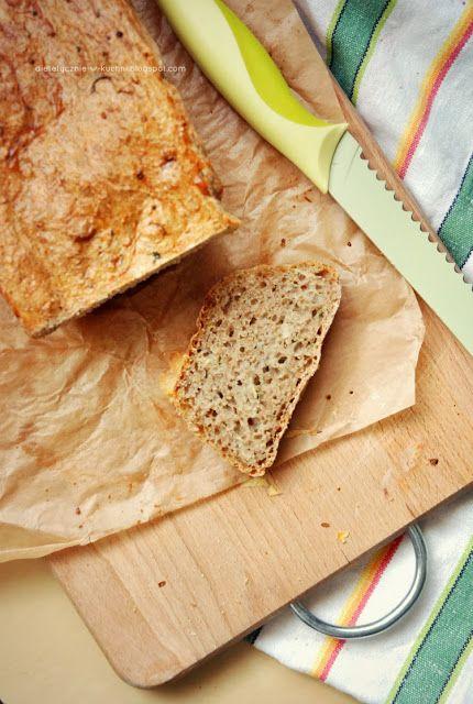 Moje Dietetyczne Fanaberie: Chlebek z cukinią i majerankiem
