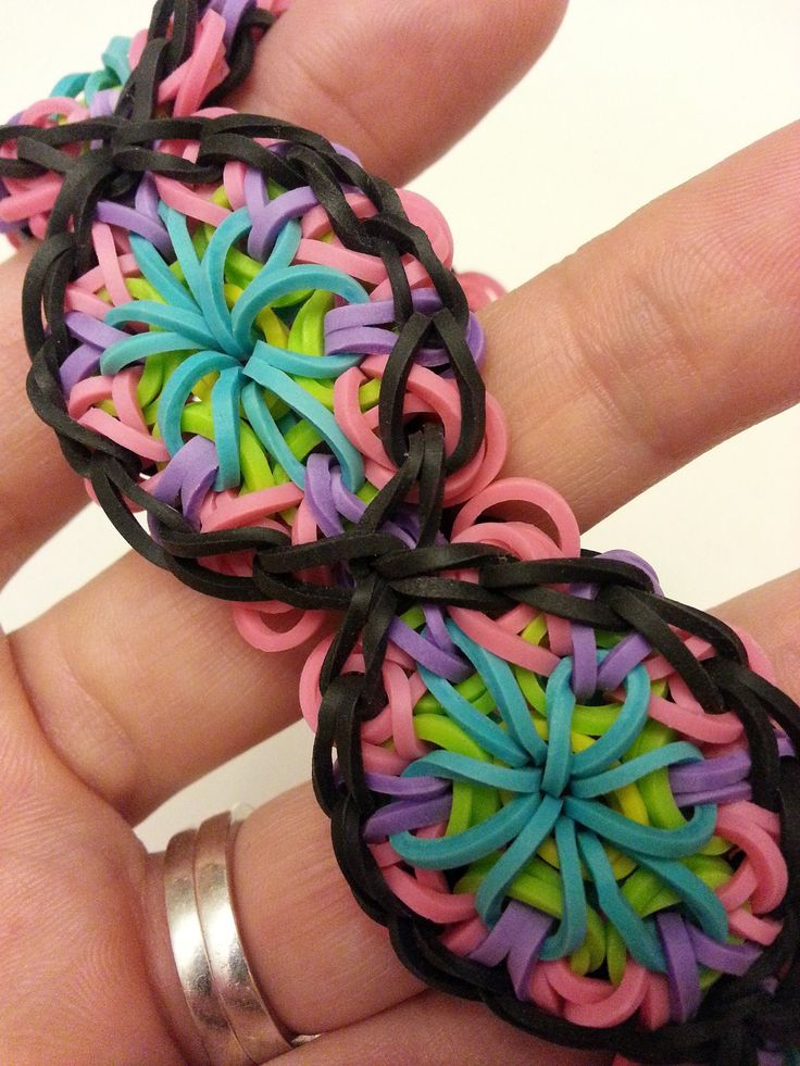 ▶ Kaleidoscope Rainbow Loom Bracelet Tutorial - YouTube