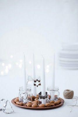 advent candles in jars, decorated with nuts an cake forms... ♥ geht auch mit Kugel und/oder Keksförmchen oder so...
