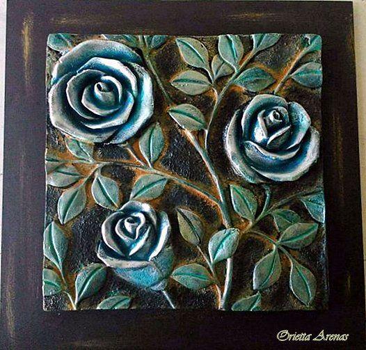 Rosas Técnica: plata sulfatada Material : Ziña. Orietta Arenas.