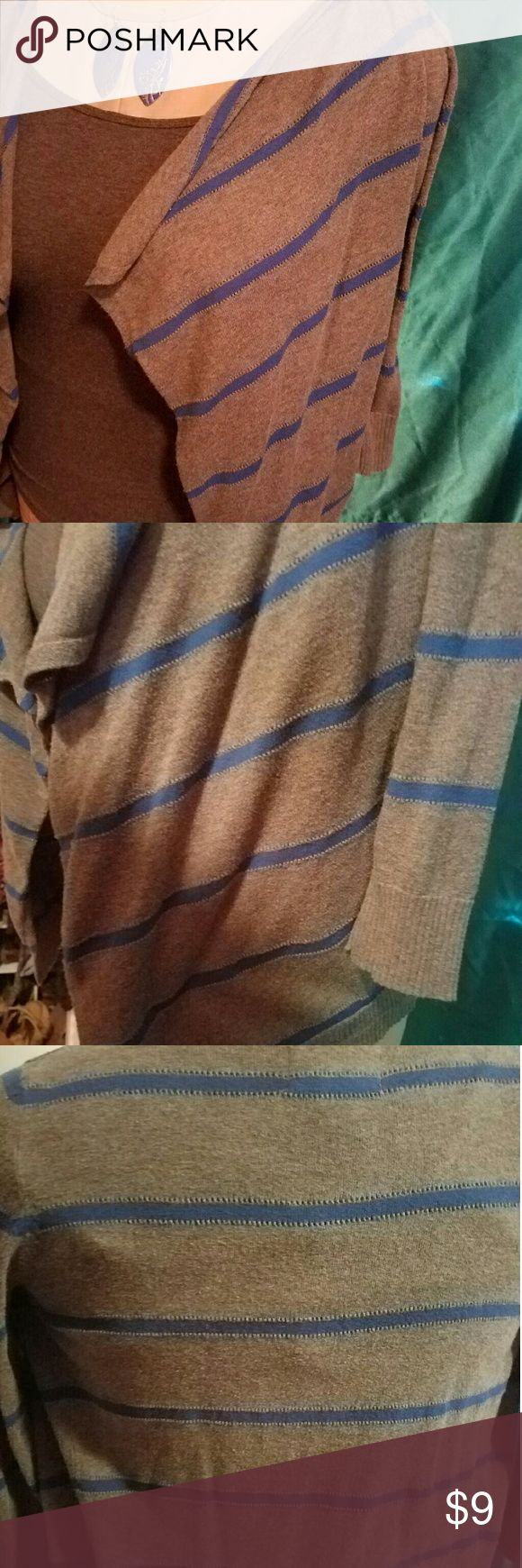 American Eagle wrap Gray and royal blue striped shawl/cardigan.  Size medium. American Eagle Outfitters Sweaters