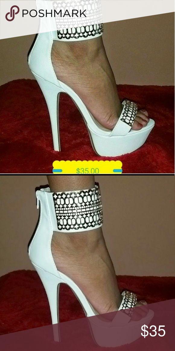 White n Gold Heels White-n-Gold Heel Shoes Heels