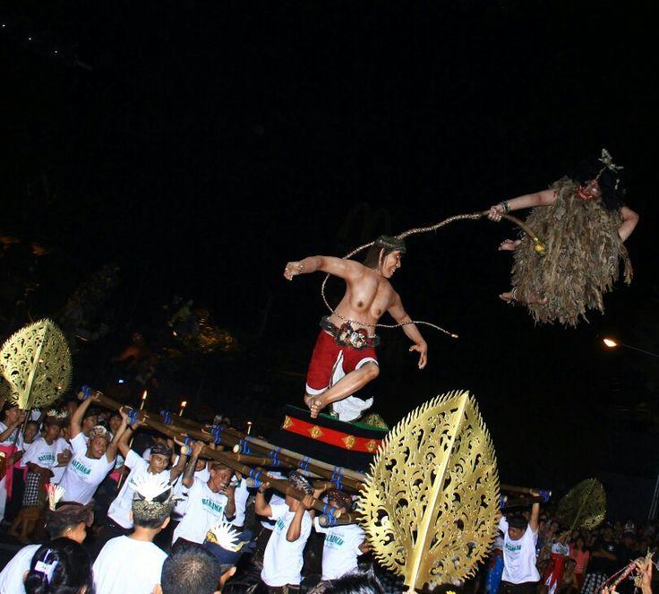 Pengerupukan ceremonial bali