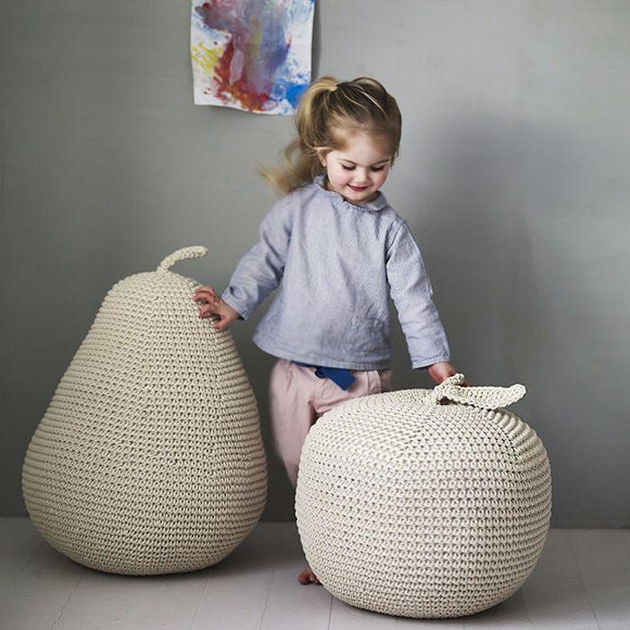 1001 tutos cool pour fabriquer un pouf originale diy pouf poire enfants pouf enfant et pouf. Black Bedroom Furniture Sets. Home Design Ideas