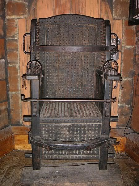 18th Century: Witches Chair, a torture device intending to cause death by blood loss. (How awful. kn)