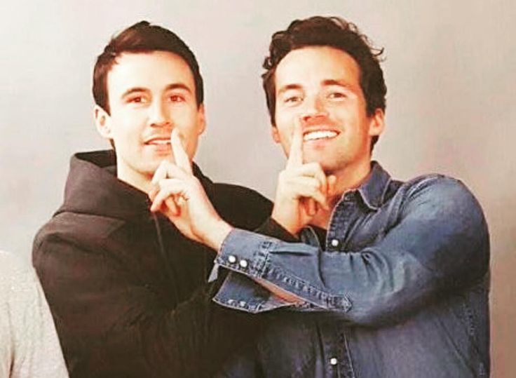 PLL actors Ian Harding and Huw Collins