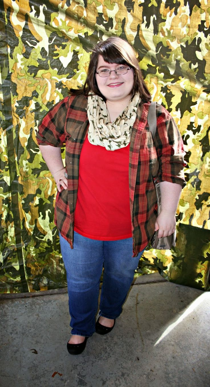 Plus Size OOTD: Cats & Plaid #plussize #fashion #plussizefashion #ootd #fall #falloutfit