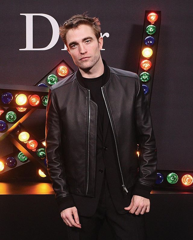 Robert Pattinson Dior Homme friend and long-term face joined us today for the showing of @Kris_Van_Assches Winter 2018-19 collection! Go on the @DiorHomme instagram account to discover more about the show! #StarsinDior #DiorHomme #PFW via DIOR official Instagram - #Beauty and #Fashion Inspiration - Beautiful #Dresses and #Shoes - Celebrities and Pop Culture - Latest Sales and Style News - Designer Handbags and Accessories - International Advertising Campaigns - Gifts and Bargain #Shopping…