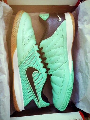 Nike Gato II Glow Green, Black, White