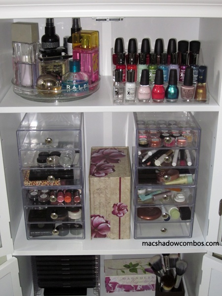 Organizing Beauty..lazy Susan For Perfumes